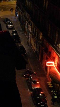 Hôtel Le Littré : Vista da sacada do apartamento