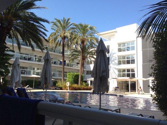 Las Gaviotas Suites Hotel: Pool