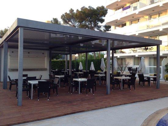 Las Gaviotas Suites Hotel: Poolbar