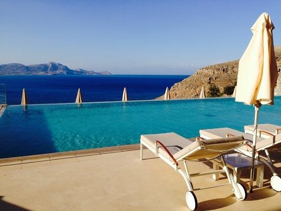 Lindos Blu: beautiful view from the main pool area