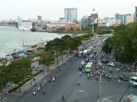 Hotel Majestic Saigon: виз из номера