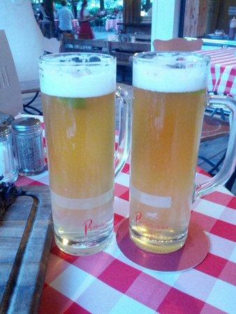 Pfefferlechner: Birra con sciroppo di sambuco