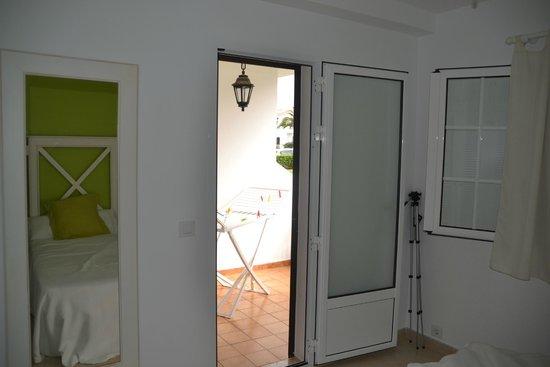Menorca Vacations: Выход на террасу