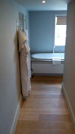 Wu Wei: Entrée de la salle de bain