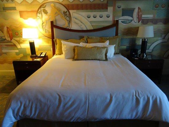 New York - New York Hotel and Casino: Bedroom