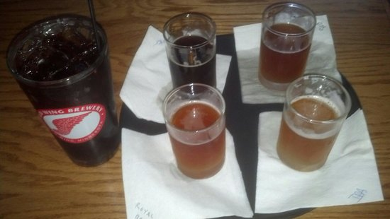 Red Wing Brewery: A flight of 4 beers and a root beer.