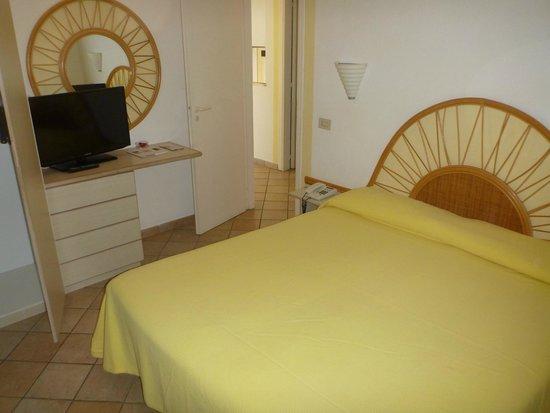 Villaggio Club Baia del Sole: Schlafzimmer