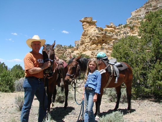 "Rockin R Ranch: Great Ride to ""Cowboy"" Rock through Awesome Canyon"