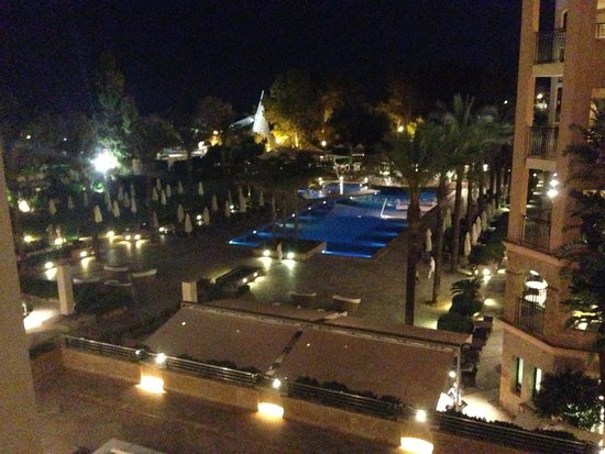 Insotel Fenicia Prestige Suites & Spa: View from balcony at night