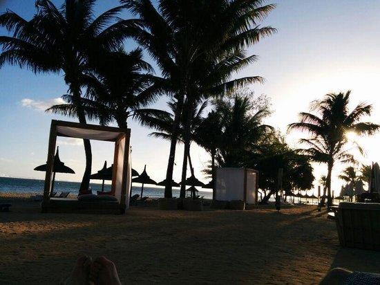 Outrigger Mauritius Beach Resort : spiaggia