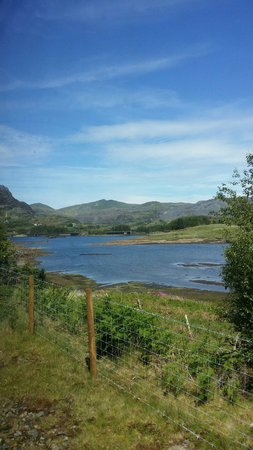 Ffestiniog & Welsh Highland Railways: View from the steam train ....
