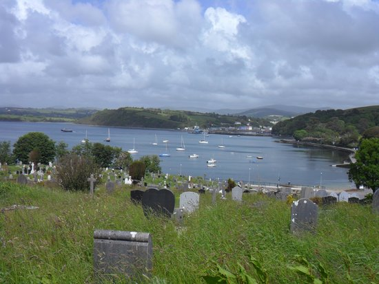 Dromcloc House: Abbey Cemetery overlooking the bay