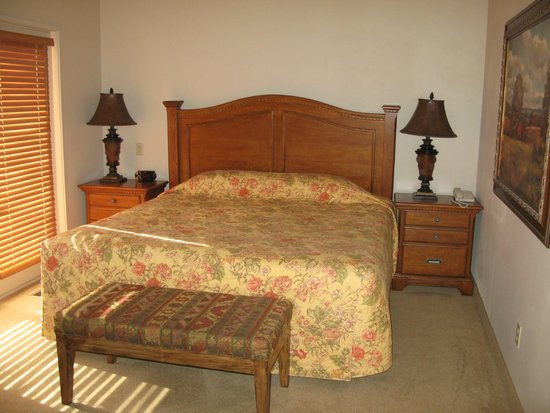 Worldmark Eagle Crest: Master Bedroom