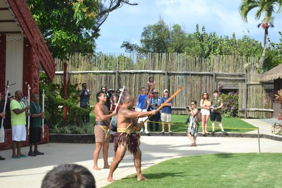 Polynesian Cultural Center: Visitors usually get to participate