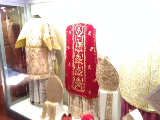 Cathedral Ciudadela: Vestments
