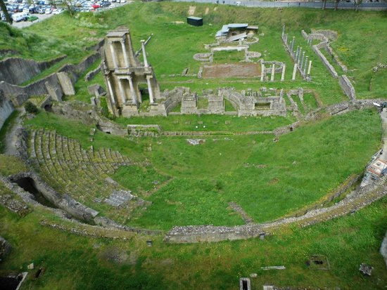 Teatro Romano (Roman Theater & Baths): Ruines du Théâtre Romain