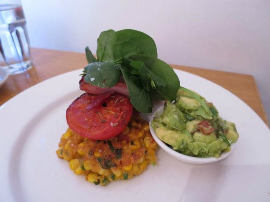 Bills Darlinghurst : Sweetcorn fritters with guacamole