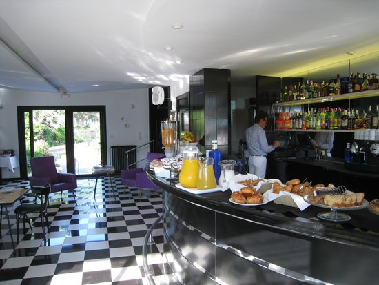 Hotel Eetu: breakfastbuffet (part of it)