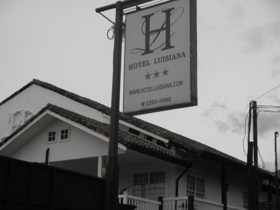 Hotel Luisiana: hotel sign
