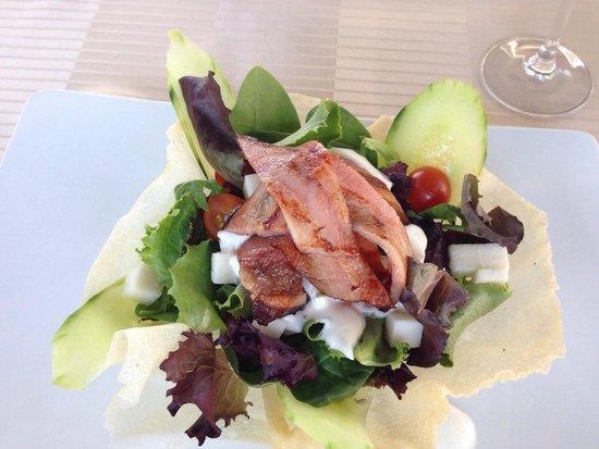 Sun Garden: Salad for starter.