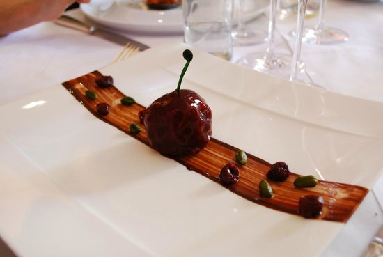 L'Orangerie du Château : foie gras en fruit déguisé