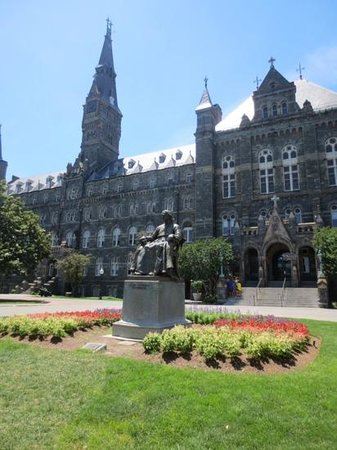 Georgetown University : campus
