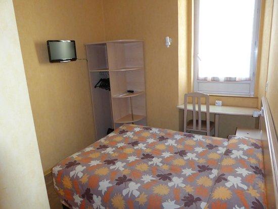 Hotel L'Esterel : La camera