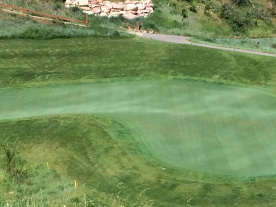 Lakota Canyon Golf Course: sharp doglegs