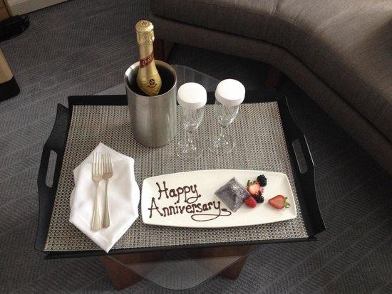 InterContinental Toronto Centre: Anniversary surprise from staff