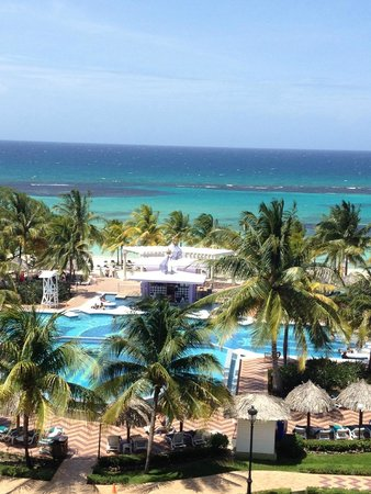 ClubHotel Riu Ocho Rios: Gorgeous Beach and Water
