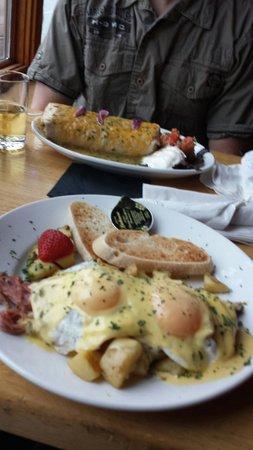 Gunflint Tavern: Sunday Brunch - breakfast burrito & corned beef hash with eggs benedict
