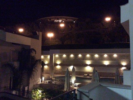 Virgilio Grand Hotel: veduta dalla stanza tripla
