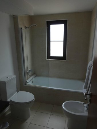 Melia Tortuga Beach Resort & Spa : Bathroom