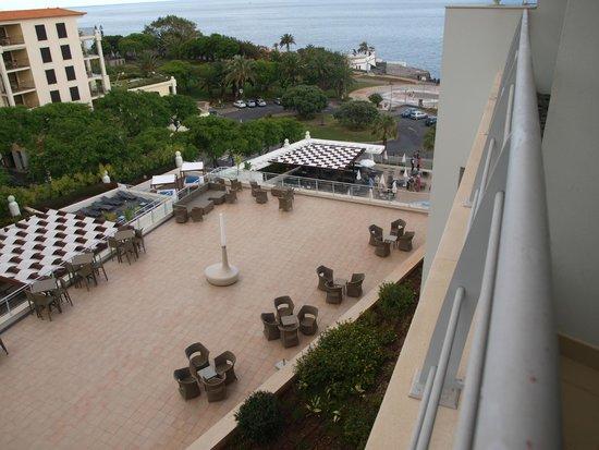 Melia Madeira Mare Resort & Spa: vue terrasse bar