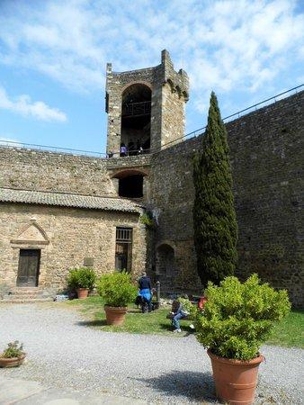 tasting picture of enoteca la fortezza di montalcino