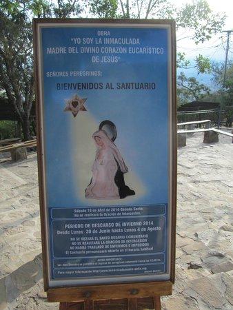Virgen de los Tres Cerritos: Cima del cerro