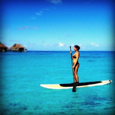 Conrad Bora Bora Nui : Paddle boarding