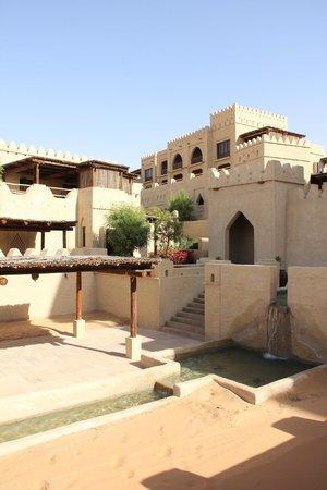 Qasr Al Sarab Desert Resort by Anantara : old world feel