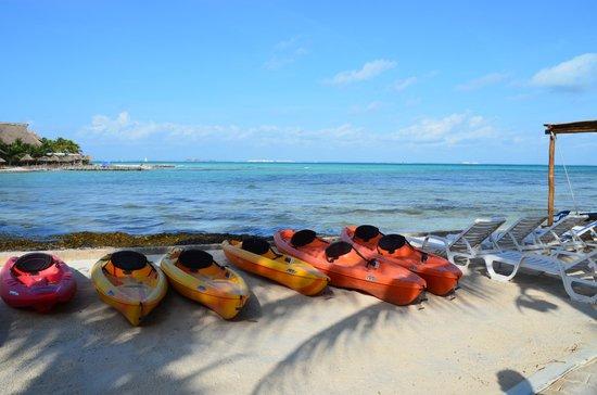 Mia Reef Isla Mujeres : Kaiaks..