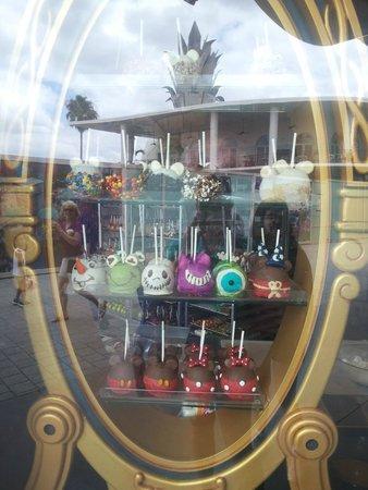 Disney Springs: Candy Cauldron