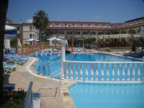 Side Yesiloz Hotel: basen