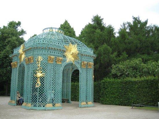 Potsdam's Gardens: Беседка