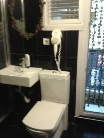 Hippodrome Apartment: Sanitaires propres
