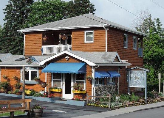 Homestead Inn : Front Office