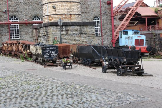 Rhondda Heritage Park: Some of the outside exhibits