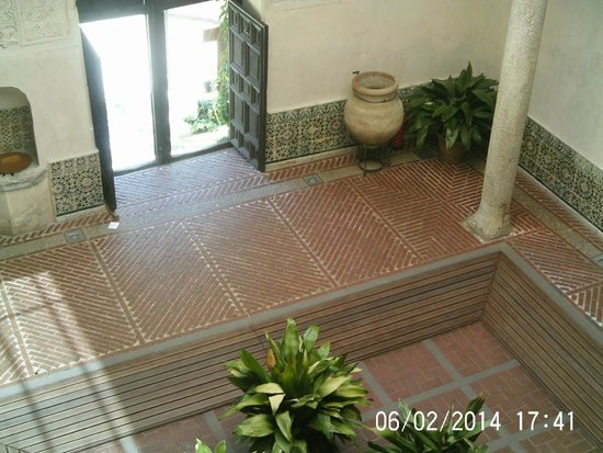 Museo del Greco: Courtyard at the Museo
