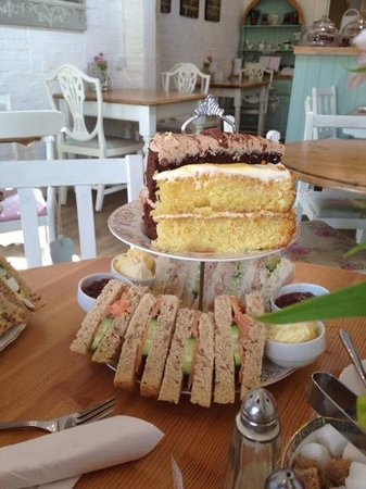 Elsies Traditional Tea Room: afternoon tea