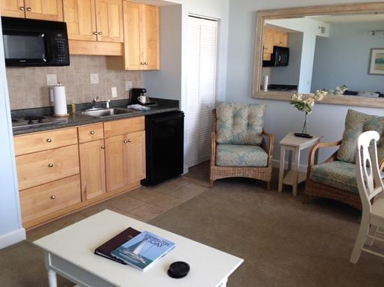 Shell Island Resort : Kitchen area