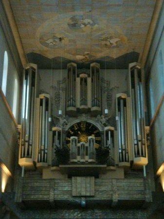 St. Kilian Cathedral: Hauptorgel (Main Organ) by Klais builders (1969)