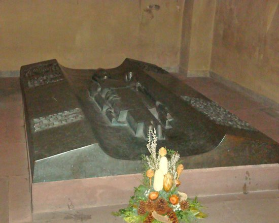 St. Kilian Cathedral: St.Bruno's tomb (Crypt)